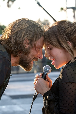 NACE UNA ESTRELLA / A STAR IS BORN